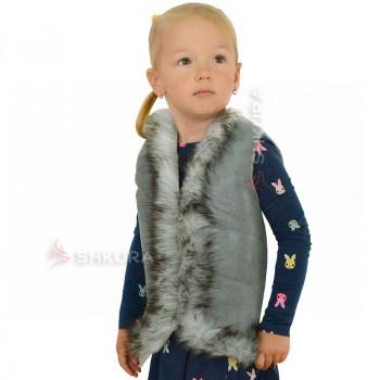 Детская меховая жилетка. Серая