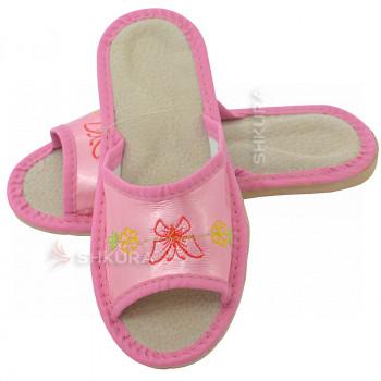 Кожаные тапочки для детей 05. Розовые