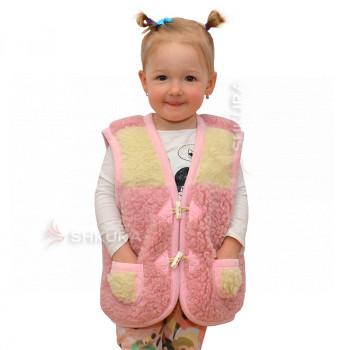 Детский жилет из овечьей шерсти. Розовый