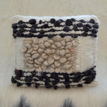 Подушка из овечьей шерсти 09