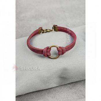 Женский кожаный браслет с кольцом бордовый