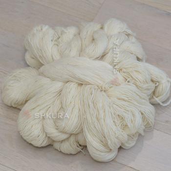 Шерстяные нитки. Белые. 1 кг