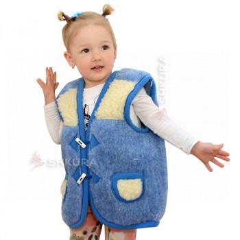Детский жилет из овечьей шерсти. Голубой