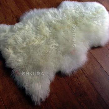 Шкура овцы с длинной шерстью