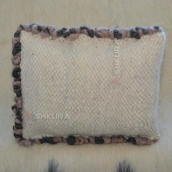 Подушка из овечьей шерсти 01