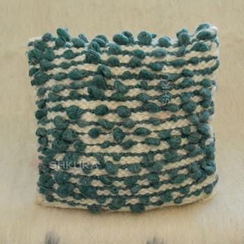 Подушка из овечьей шерсти 08