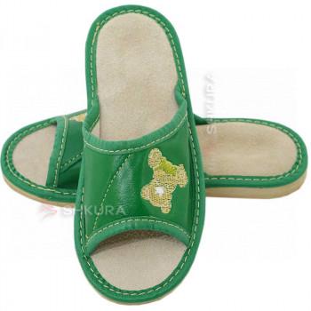 Кожаные тапочки для детей 04. Зеленые