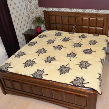 Шерстяное одеяло. Кленовое листья