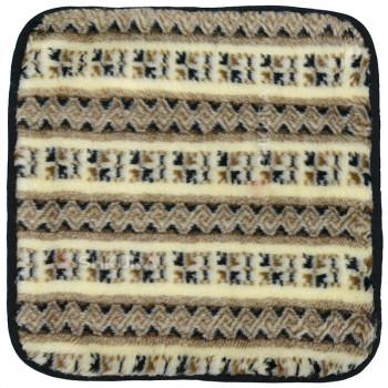 Накидка на стул из шерсти 50х50, вышиванка